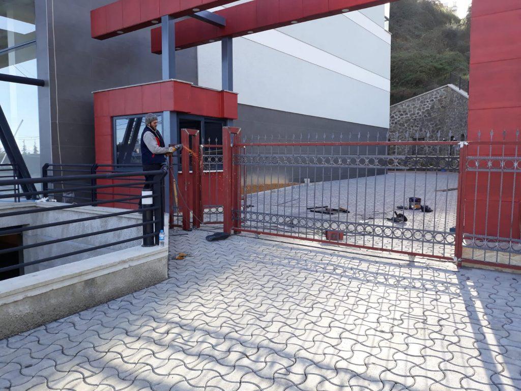 otomatik demir kapı